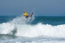 Surf Lessons Raglan